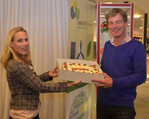 Rode Taart 2013 - uitreiking taart van VHC Twello