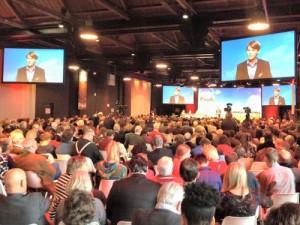Kim Putters met zaal congres